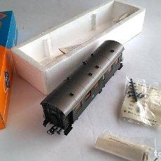 Trenes Escala: ROCO H0 VAGÓN COCHE DE PASAJEROS .REF 4203. EN CAJA. Lote 183527345