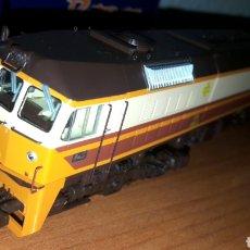 Trenes Escala: LOCOMOTORA ROCO RENFE H0 319 219-2 REF. 62955. Lote 186257871