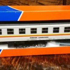 Trenes Escala: VAGON ROCO H0 44901 PASAJEROS. Lote 186307121