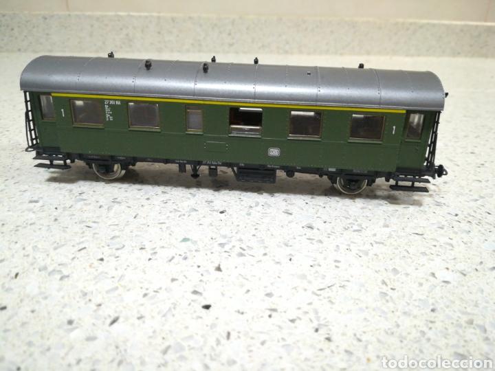 Trenes Escala: ROCO. Vagón de pasajeros de la DB alemana. Primera clase - Foto 3 - 186349490