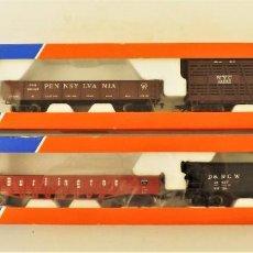 Trenes Escala: ROCO 4898 Y 4899 VAGONES ESTADOUNIDENSES DE CARGA (2 REFERENCIAS). Lote 198927040