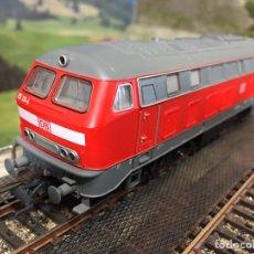 Trenes Escala: ROCO 43798, LOCOMOTORA DIESEL V215, DIGITAL DCC. Lote 204248741