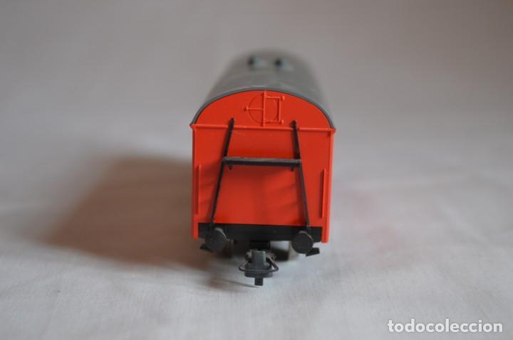 Trenes Escala: Vagón mercancías interfrigo Railion. Esc. H0. Roco. romanjuguetesymas. - Foto 3 - 204686446