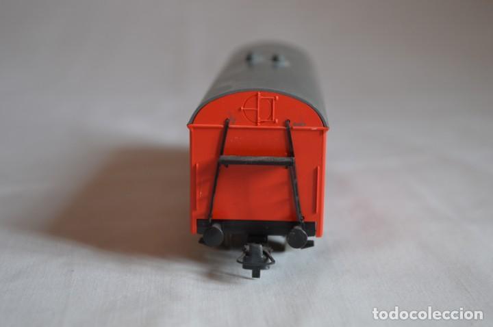 Trenes Escala: Vagón mercancías interfrigo Railion. Esc. H0. Roco. romanjuguetesymas. - Foto 5 - 204686446