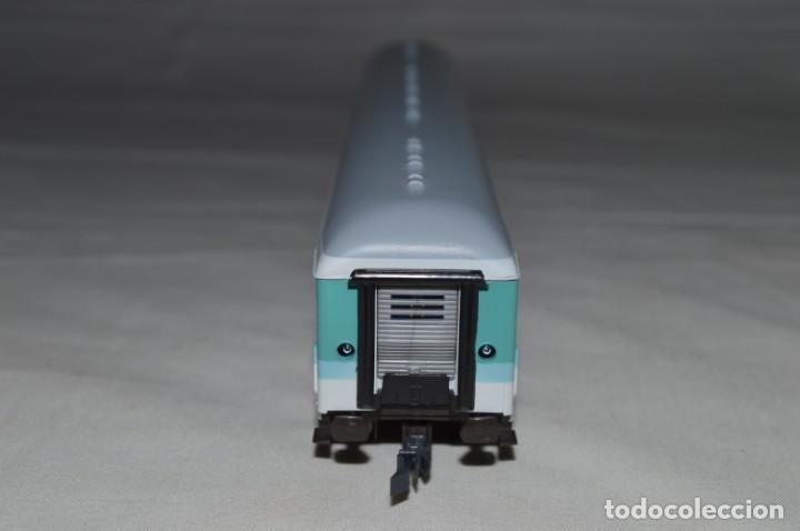Trenes Escala: Vagón de pasajeros de 1ª y 2ª clase de la DB. Esc. H0. Roco. romanjuguetesymas. - Foto 4 - 205713583
