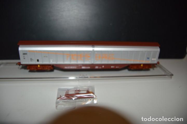 """Trenes Escala: VAGÓN CERRADO """"PAQUETE EXPRES"""" ROJO ÓXIDO ROCO DESCATALOGADO - Foto 3 - 206816836"""