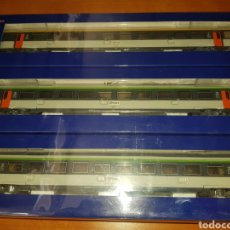 Comboios Escala: ROCO HO 64044 SET X3 VAGONES RENFE PASAJEROS. Lote 208214172