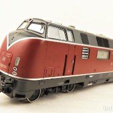 Trenes Escala: ROCO 69935 LOCOMOTORA V-200 DE LA DB H0/AC. Lote 208475196