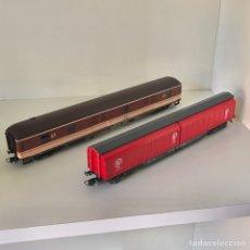Comboios Escala: ROCO LOTE FURGONES RENFE 46810 Y 44376. Lote 209105868