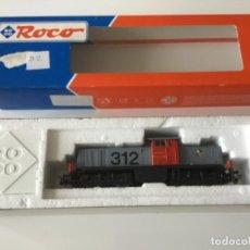 Trenes Escala: HO ROCO LOCOMOTORA DIÉSEL RENFE 312-005-2 REF. 43457-1. SIN ESTRENAR. Lote 210141168