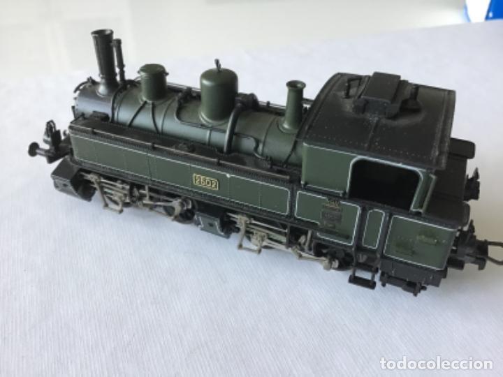 Trenes Escala: Locomotora H0 Roco vapor verde. Única en todocoleccion. De vitrina - Foto 3 - 210144003