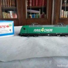 Trenes Escala: ROCO H0 63564 LOCOMOTORA ELÉCTRICA 145-CL 004 RAIL4CHEM NUEVA. Lote 213410776