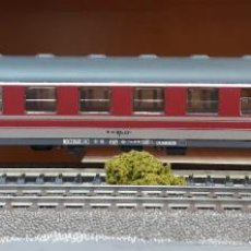 Trenes Escala: ROCO H0 COCHE DE VIAJEROS 1ª CLASE, DE LA F.S., REFERENCIA 44430.. Lote 218053715