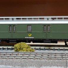 Trenes Escala: ROCO H0 COCHE-FURGÓN POSTAL, DE LA DB POST, REFERENCIA 44454.. Lote 218053985
