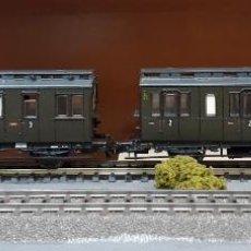 Trenes Escala: ROCO H0 PAREJA DE COCHES DE 3 EJES, DE LA DRG, REFERENCIA 44527.. Lote 218054683