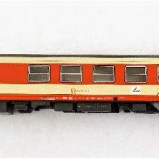 Trenes Escala: ROCO H0 COCHE RESTAURANTE PASAJEROS ÖBB. Lote 219832048