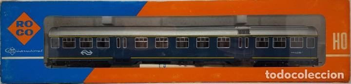 Trenes Escala: Coche de pasajeros ROCO H0 - Foto 2 - 222578881