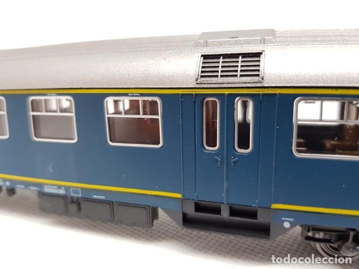 Trenes Escala: Coche de pasajeros ROCO H0 - Foto 3 - 222578881