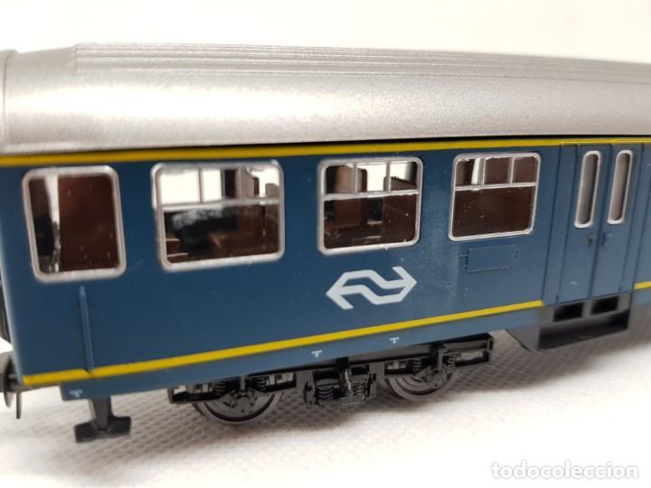 Trenes Escala: Coche de pasajeros ROCO H0 - Foto 4 - 222578881