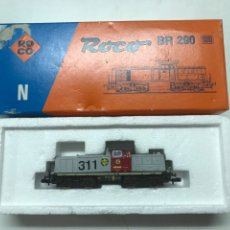 Trenes Escala: LOCOMOTORA ROCO RENFE 311 ESC H0. Lote 222684536