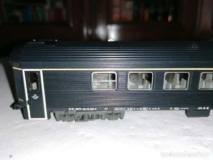 Trenes Escala: Roco H0 64297 Vagón de Pasajeros 1ª Clase Tipo A7 SJ Sueco Nuevo OVP - Foto 3 - 225093338
