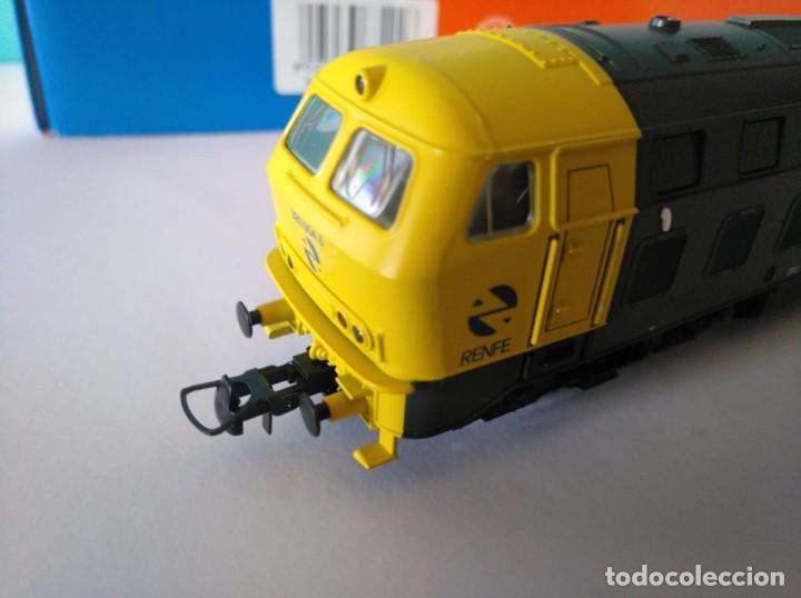 Trenes Escala: ROCO HO LOCOMOTORA RENFE REF: 63492 D320.004.5 - Foto 7 - 227713021