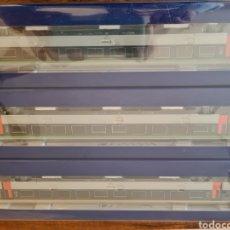 Comboios Escala: ROCO HO 64044 X3 VAGONES RENFE. Lote 228073510