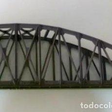 Trenes Escala: TRENES H0- PUENTE DE ARCO- FOTO 141- ROCO, MEDIDAS 46X12X7,5 USADO. Lote 235737270