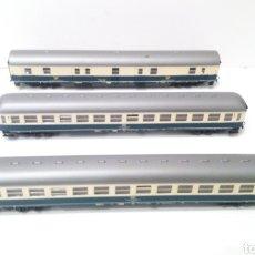 Trenes Escala: JIFFY VENDE 3 VAGONES ROCO H0 DE PASAJEROS Y CORREO.. Lote 241439925