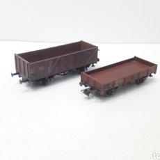 Trenes Escala: JIFFY VENDE DOS VAGONES ROCO H0 DE MERCANCIAS.. Lote 247528295