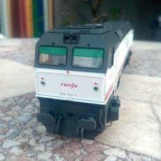 Comboios Escala: LOCOMOTORA ROCO 319. Lote 267049989