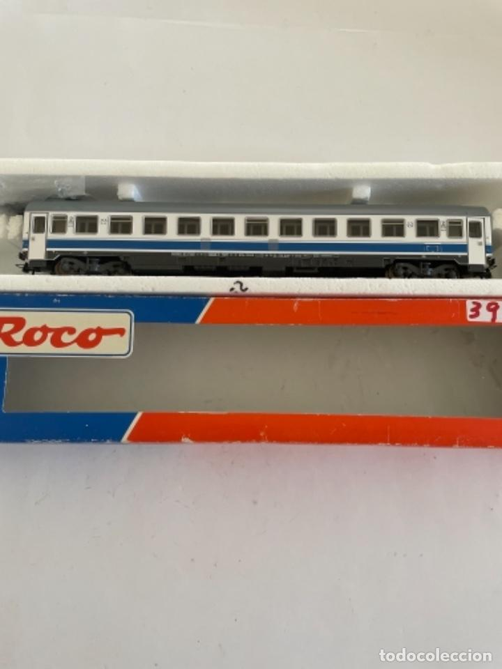 Trenes Escala: ROCO. HO. REF 44375 COCHE RENFE SEGUNDA LARGO RECORRIDO - Foto 2 - 268260809