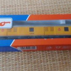 Trenes Escala: VAGON RENFE CORREOS ROCO H0 NUEVO SIN USO. Lote 272953008