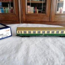 Trenes Escala: ROCO H0 64840 VAGÓN DE PASAJEROS DE 2ª CLASE DR ALEMÁN NUEVO OVP. Lote 276632598