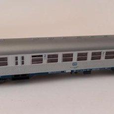 Trenes Escala: VAGÓN DE ROCO H0, LONGITUD 27 CM, DEUTSCHE BAHN, ENVIO 4,80 EUROS, LOT 37. Lote 278553843