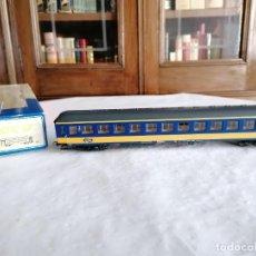 Trenes Escala: ROCO H0 44765 VAGÓN DE PASAJEROS 2ª CLASE SERIE ICK NS HOLANDÉS NUEVO OVP. Lote 284458868