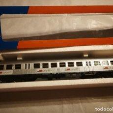 Trenes Escala: VAGÓN ROCO CONMEMORATIVO MIBA. Lote 288139393