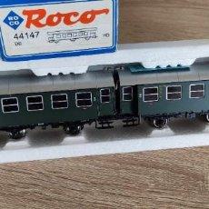 Trenes Escala: ROCO 44147 H0 - COCHES VIAJEROS DB 85972+85973 CON LUZ - ALEMANIA 250GR -FALTA UN TOPE-. Lote 288374413