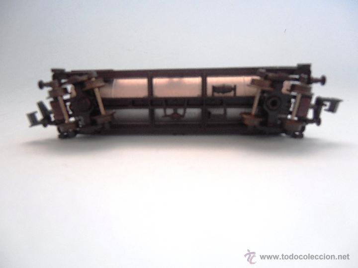 Trenes Escala: Vagón cisterna Esso Roco Escala N #JT-M - Foto 6 - 54561184