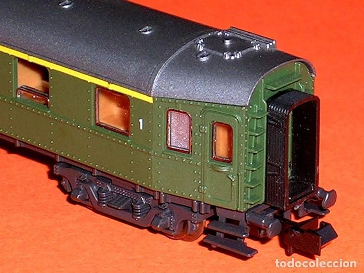 Trenes Escala: Coche pasajeros 1ª clase DB ref. 24214, Roco esc. N, original años 80. Con caja. - Foto 7 - 122288735