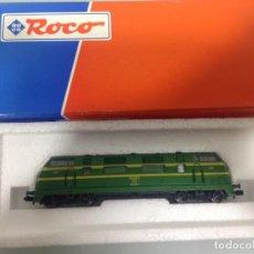Trenes Escala: TREN, ROCO 23288, LOCOMOTORA DIESEL RENFE 4000, 340-025-6, PANZUDA. Lote 141783602