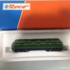 Trenes Escala: TREN, ROCO 23288, LOCOMOTORA DIESEL RENFE 4000, 340-025-6, PANZUDA. Lote 141819086