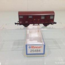 Trenes Escala: TREN, ROCO 25484, VAGÓN CERRADO 2 EJES,ORE J2 RENFE,J-401.141 41 71RENFE 120 1125-5 GS. Lote 143389830