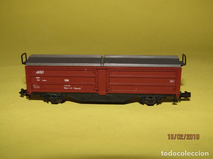 Trenes Escala: Vagón Cerrado Techo Telescópico en Escala *N* Ref. 2304 de ROCO - Foto 3 - 151900102
