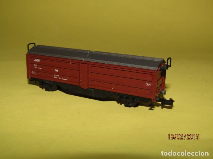 Trenes Escala: Vagón Cerrado Techo Telescópico en Escala *N* Ref. 2304 de ROCO - Foto 4 - 151900102