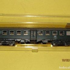 Trenes Escala: ANTIGUO COCHE DE VIAJEROS DE LA DB 2ª CLASE EN ESCALA *N* REF. 2254 DE ROCO. Lote 151900350