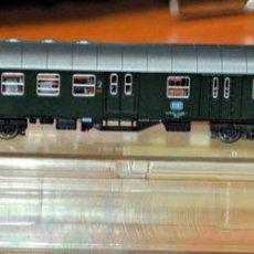 Trenes Escala: COCHE DE VIAJEROS MIXTO 2ª/EQUIPAJES 4 EJES DE LA DB. ROCO, REF. 2253. ESCALA N, COMPATIBLE IBERTREN. Lote 170934170