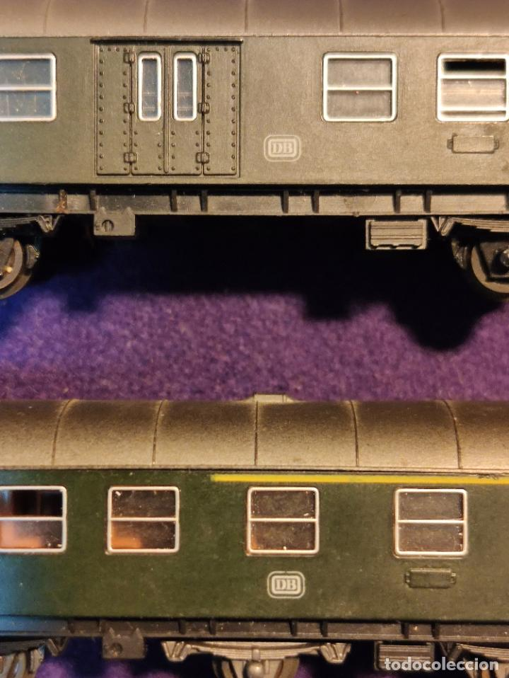 Trenes Escala: 2 VAGONES DE PASAJEROS DIFERENTES. DB. ROCO. ESCALA N. TREN. - Foto 2 - 194140451