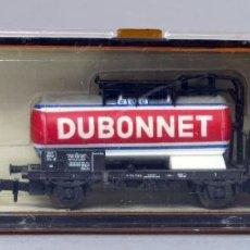 Trenes Escala: VAGÓN CISTERNA ROCO N DUBONNET REF 02332D CON CAJA. Lote 217114108