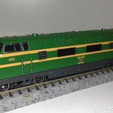 Trenes Escala: ROCO N LOCOMOTORA DIESEL V 200 RENFE -- L46-138-1 (CON COMPRA DE 5 LOTES O MAS, ENVÍO GRATIS). Lote 217550835